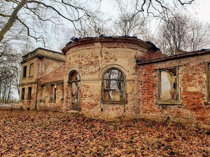 Nienacki, www.strefahistorii.pl. niesamowity dwór bartosz gondek, północna.tv