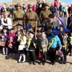 Embedded thumbnail for Pasowanie na ucznia pod pomnikiem Westerplatte